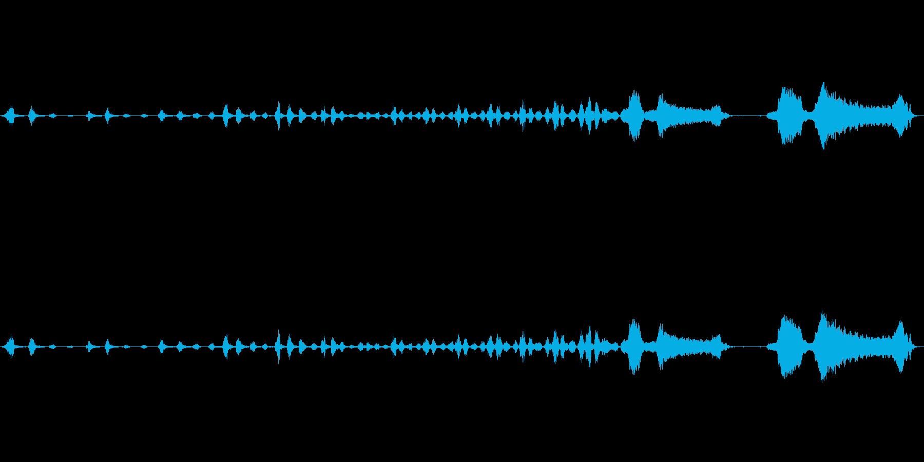 ハーモニカによる汽車が汽笛をあげて走る音の再生済みの波形