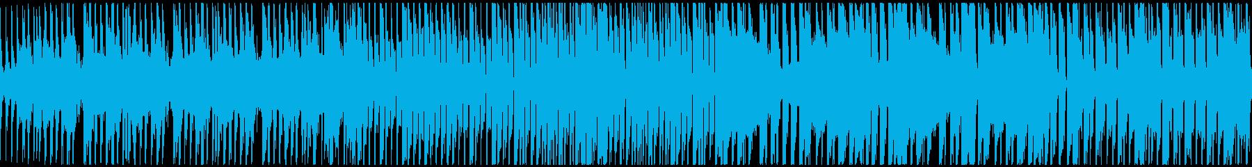 ピアノとブレイクビートのシンプルな曲の再生済みの波形