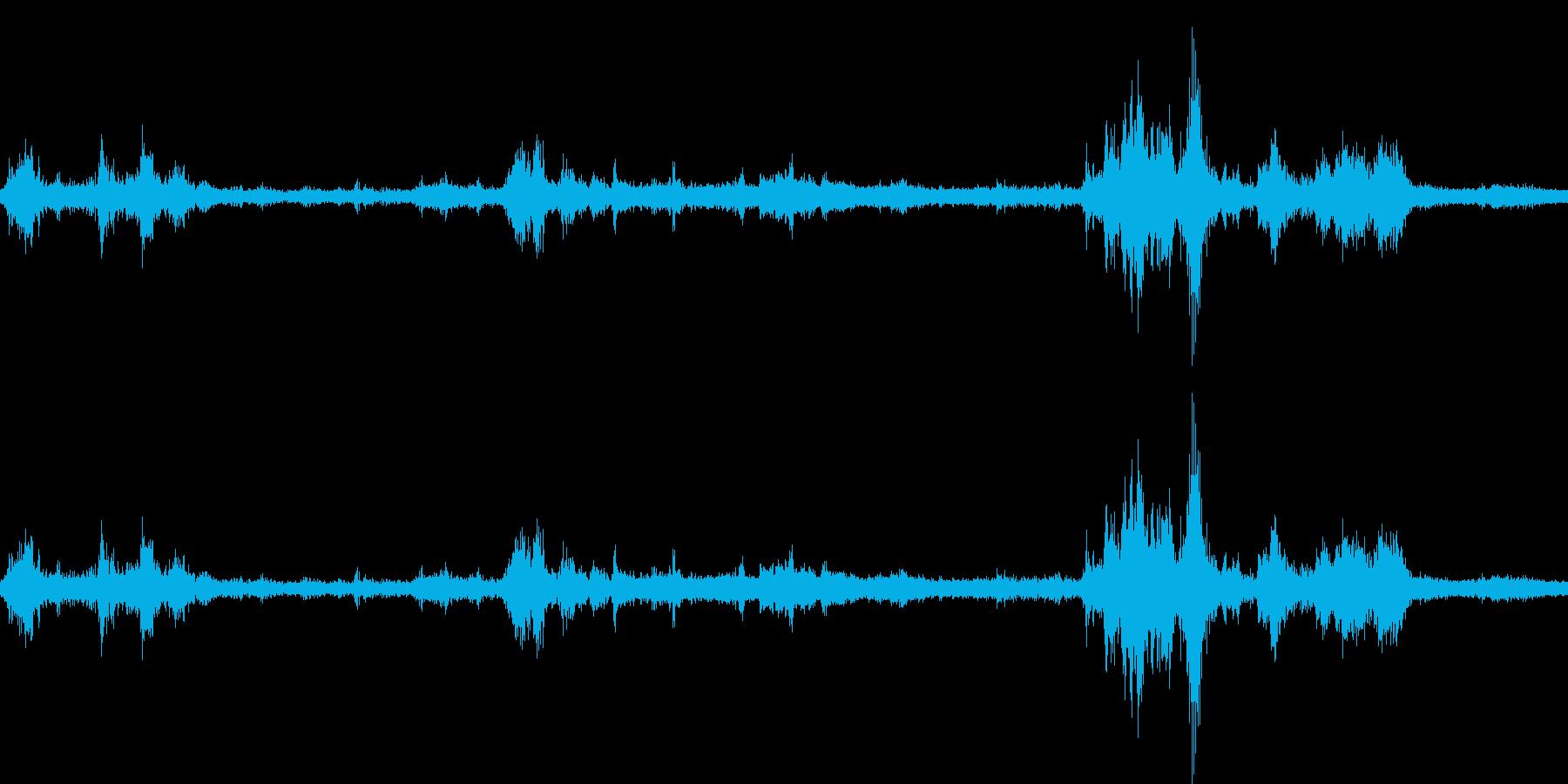 【生音】雷9 - 風と雷と通行音 「ざ…の再生済みの波形