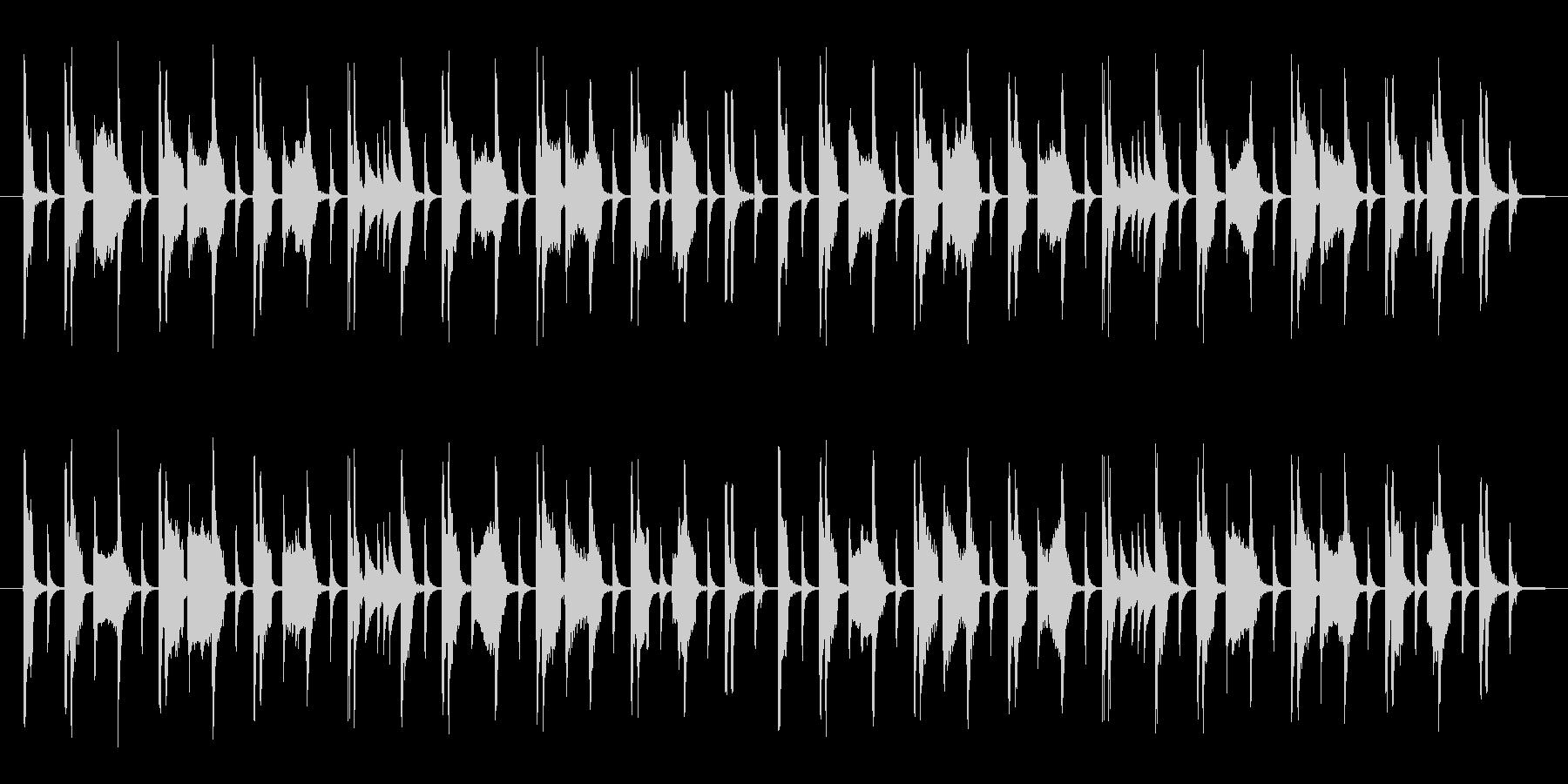 オルガン・ベース・ドラムのみのポップな曲の未再生の波形