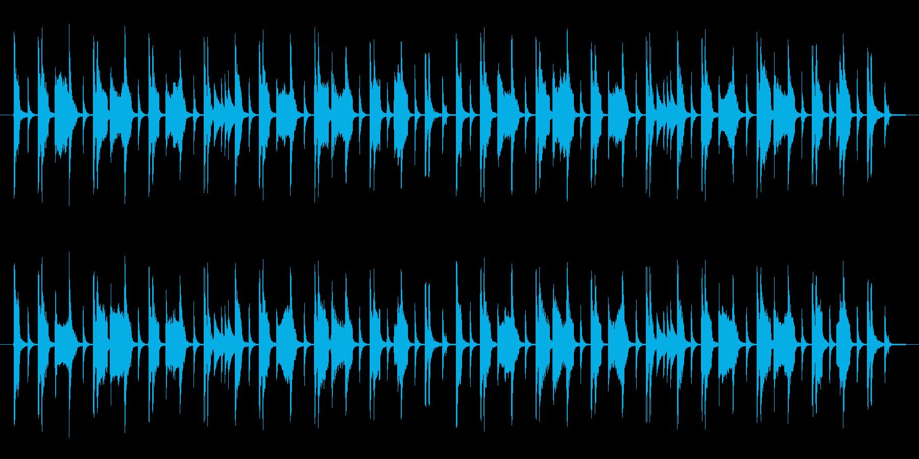 オルガン・ベース・ドラムのみのポップな曲の再生済みの波形