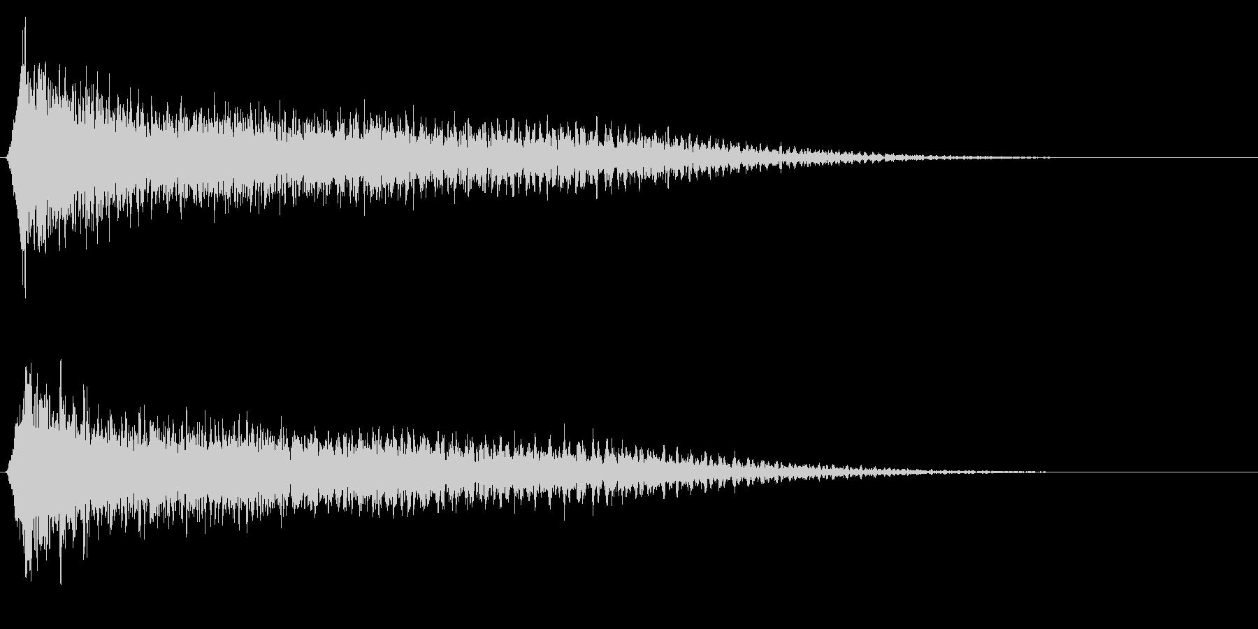サスペンスに最適!ピアノの弦を弄ぶ音8の未再生の波形