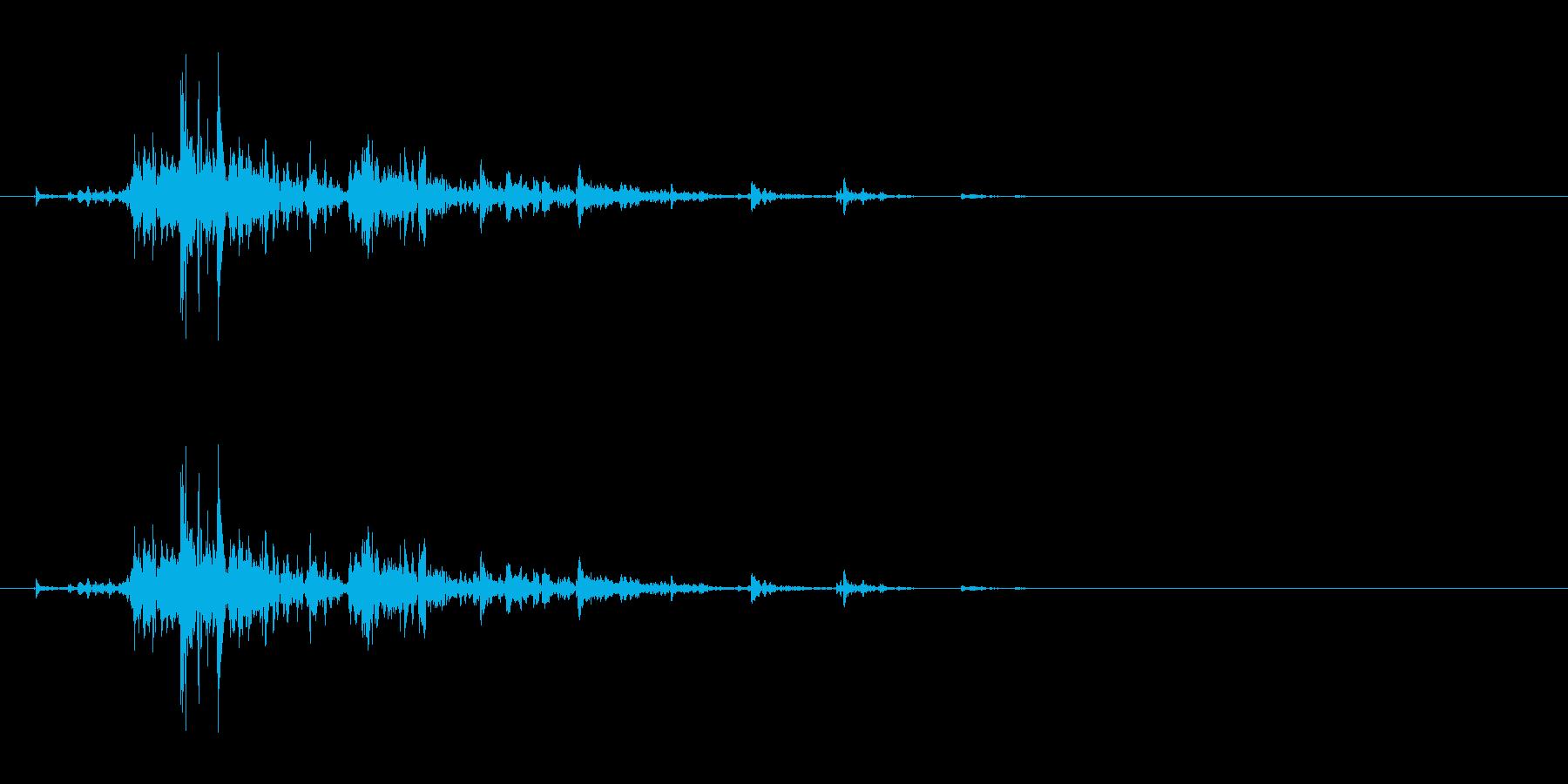 「シャン!」ウッドチャイムの渇いた単発音の再生済みの波形