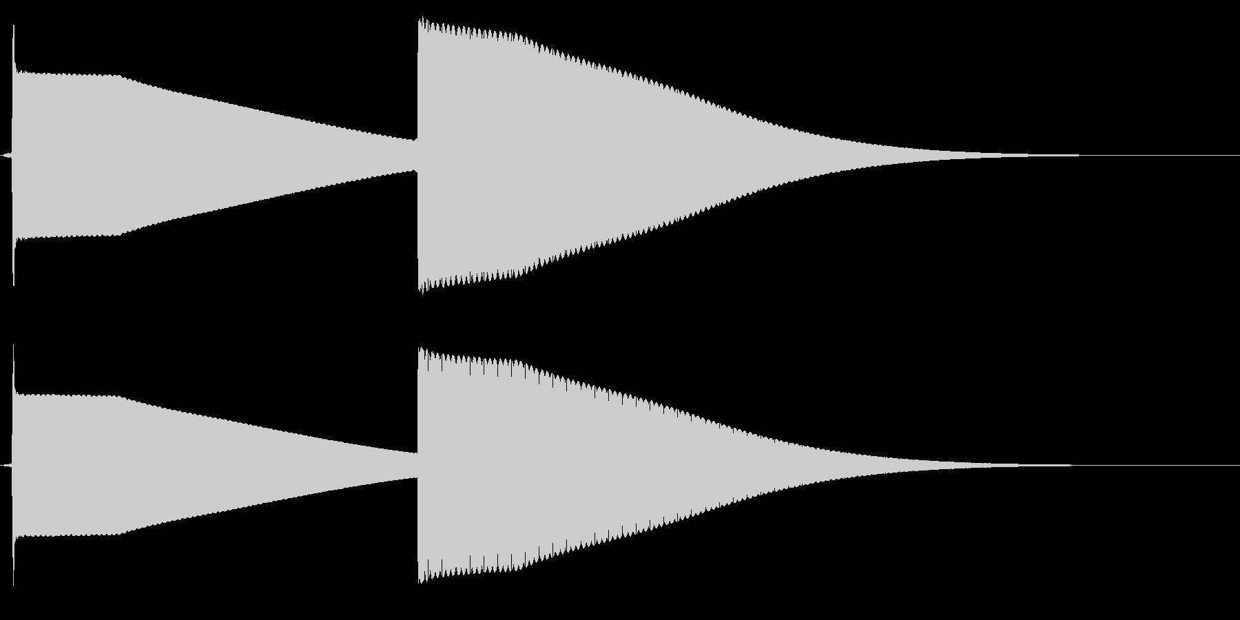 よく有るドアホンの音。シンセで一から音…の未再生の波形