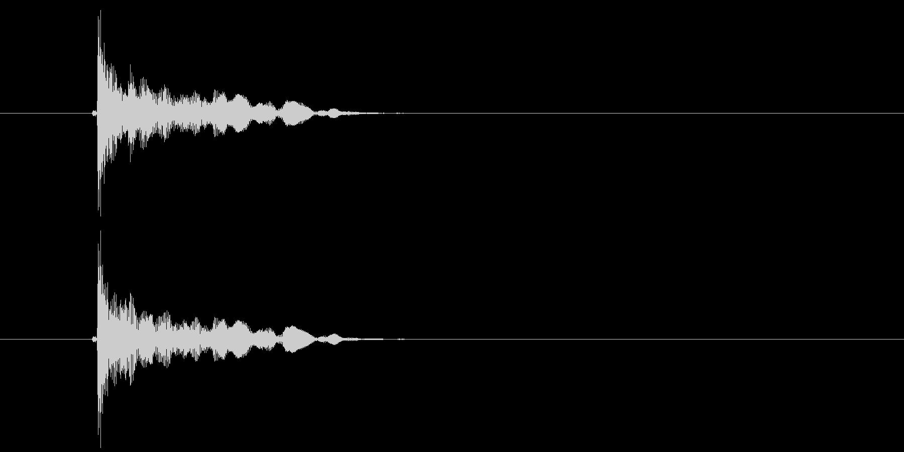 ポン(破裂音、切れる音、はじく音)の未再生の波形