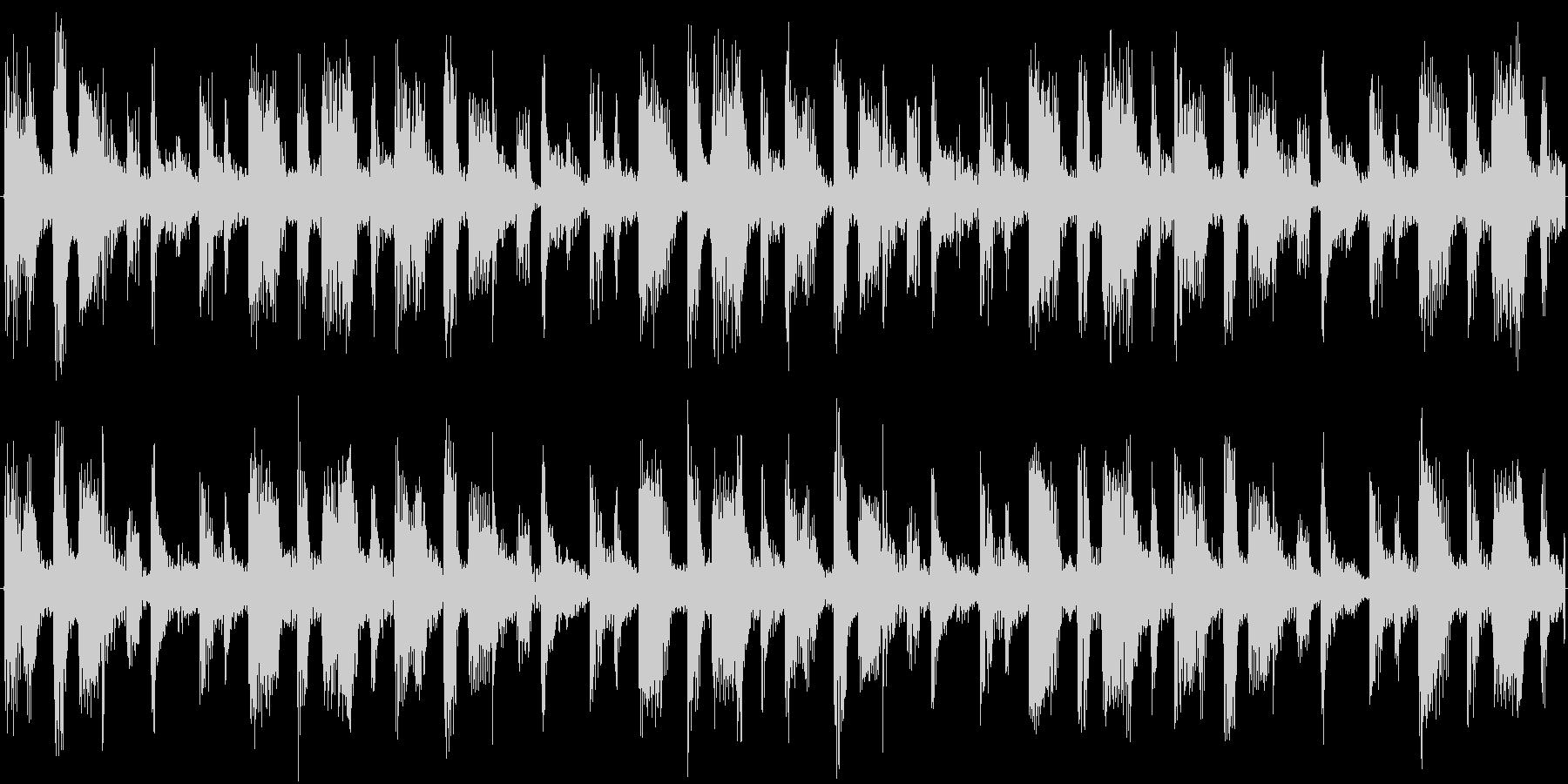 ドラムを強調した楽曲です。の未再生の波形