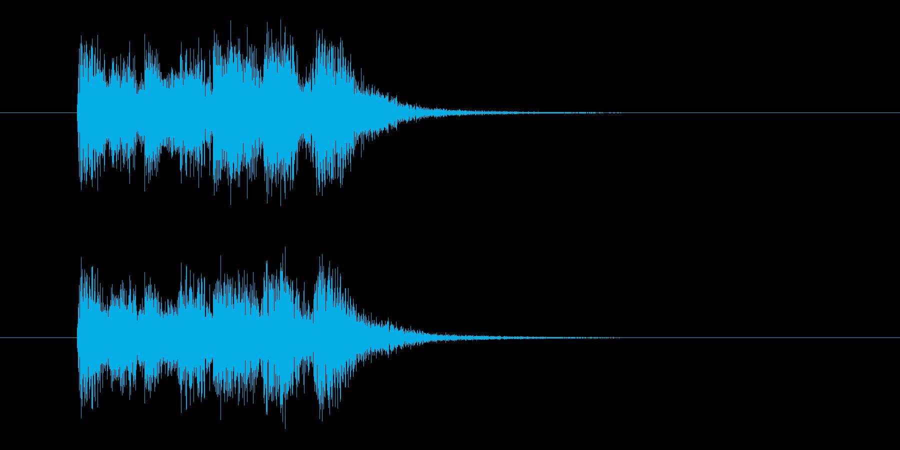 激しく強いリズムの決定音の再生済みの波形