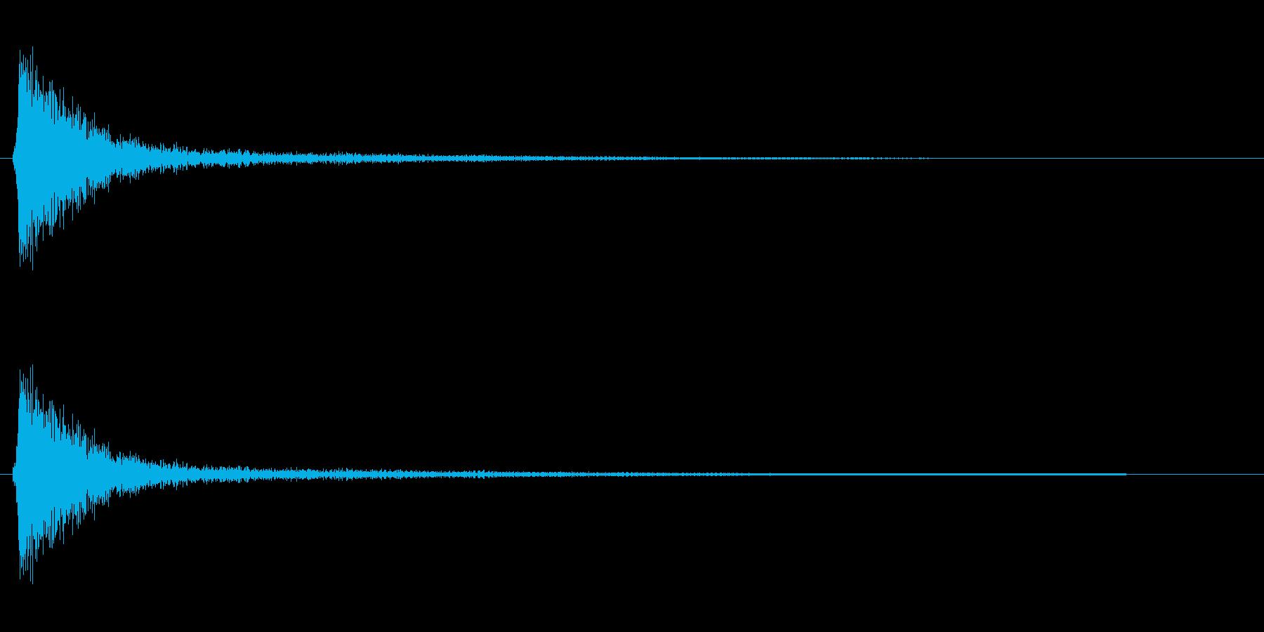 パシッ(軽いビンタの音)の再生済みの波形