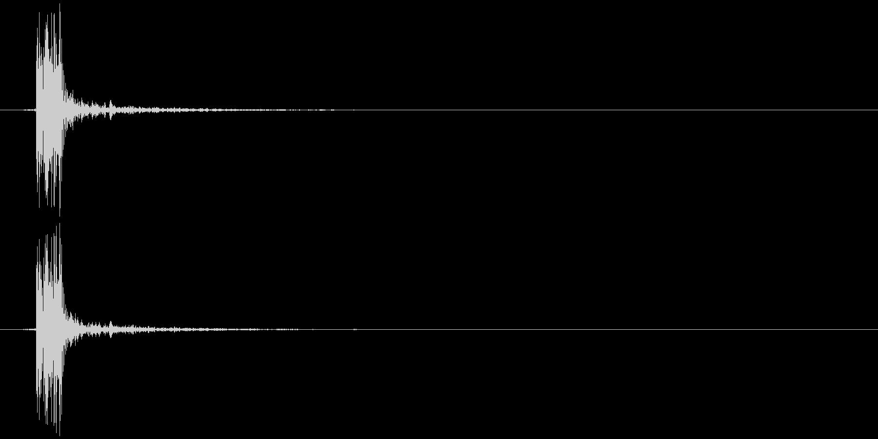 ゲームの効果音 カッの未再生の波形