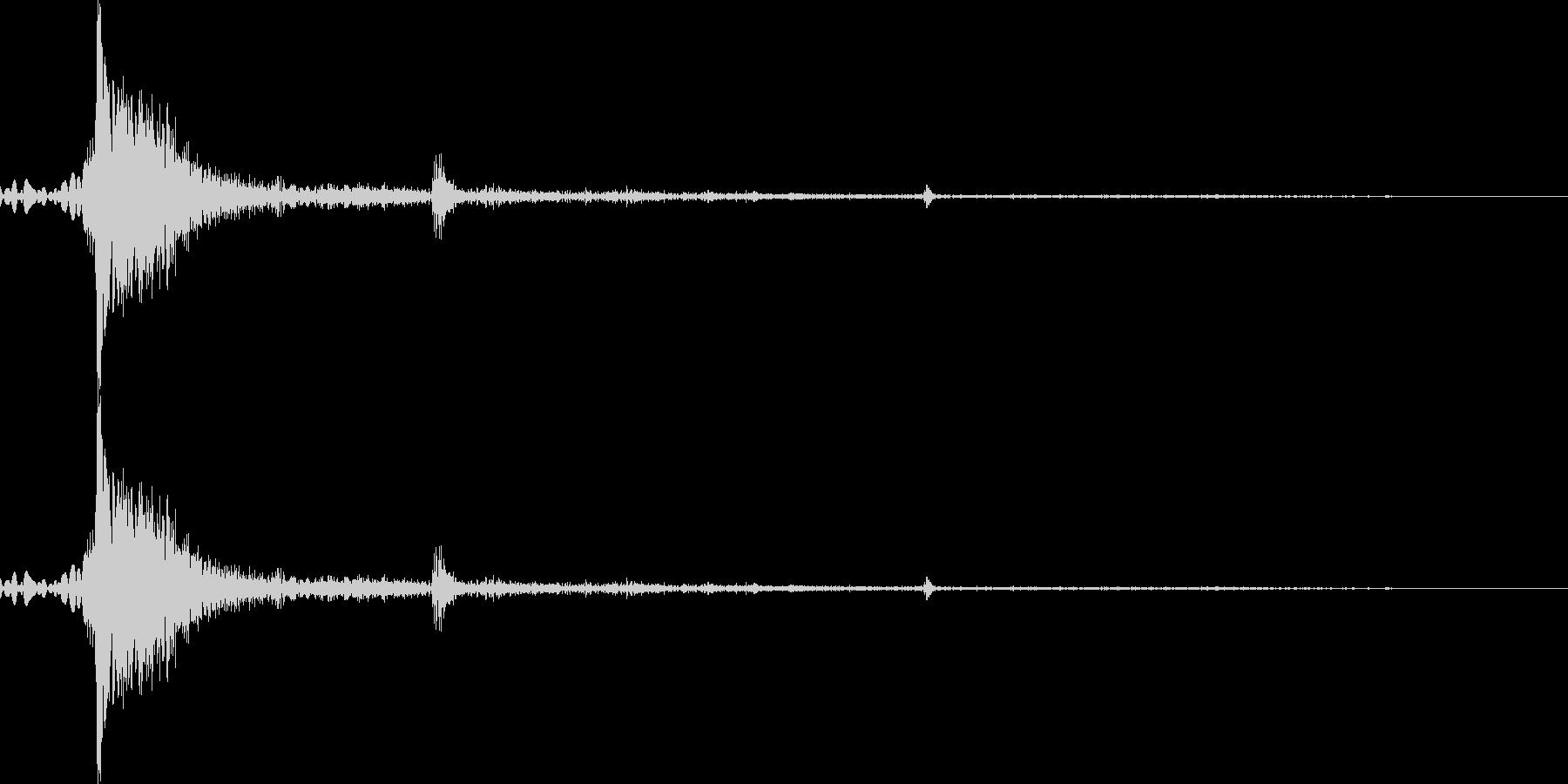 【銃声音001】銃の発砲音の未再生の波形