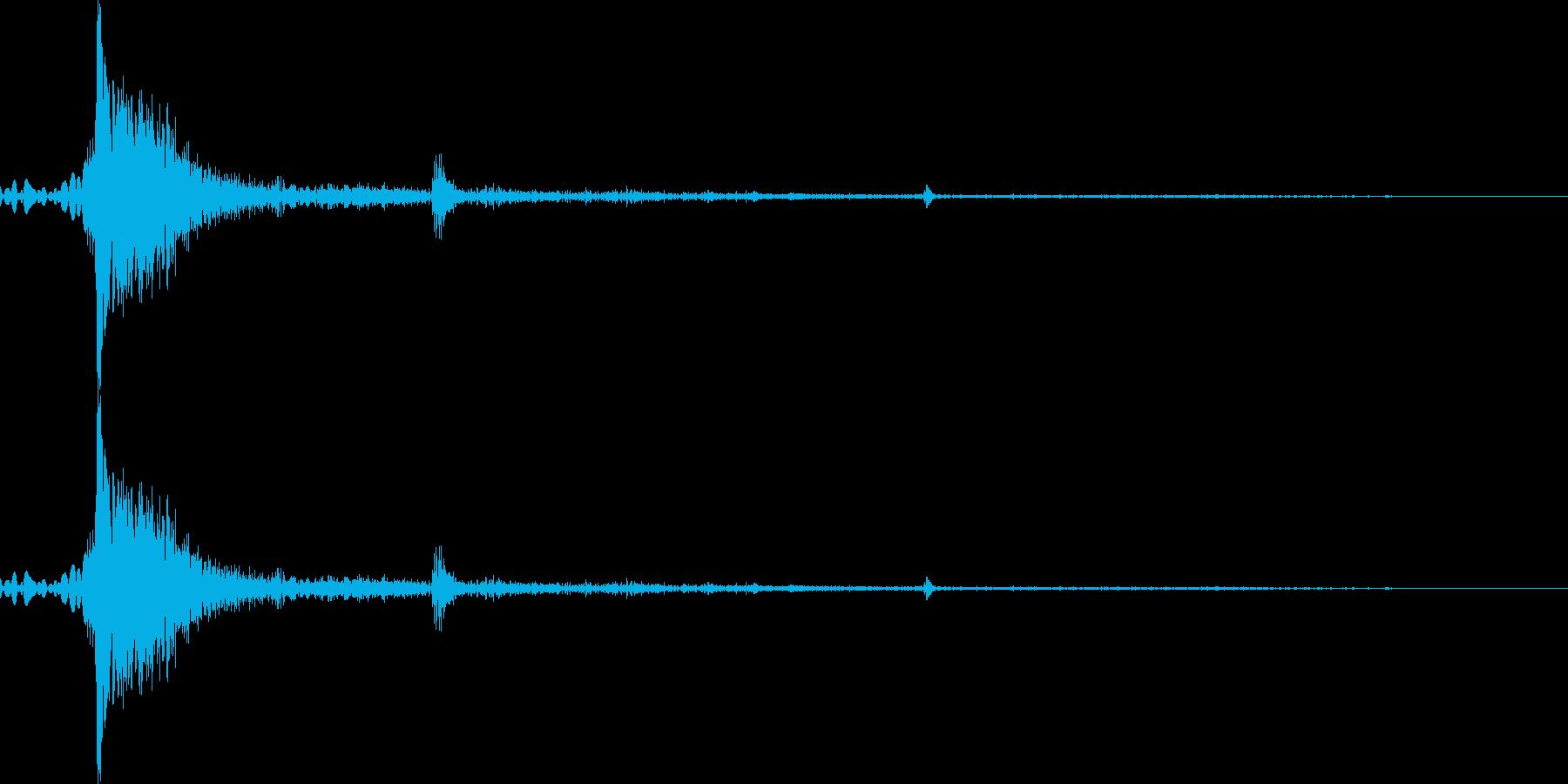 【銃声音001】銃の発砲音の再生済みの波形