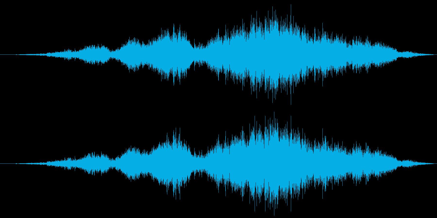 車のドリフト走行の再生済みの波形