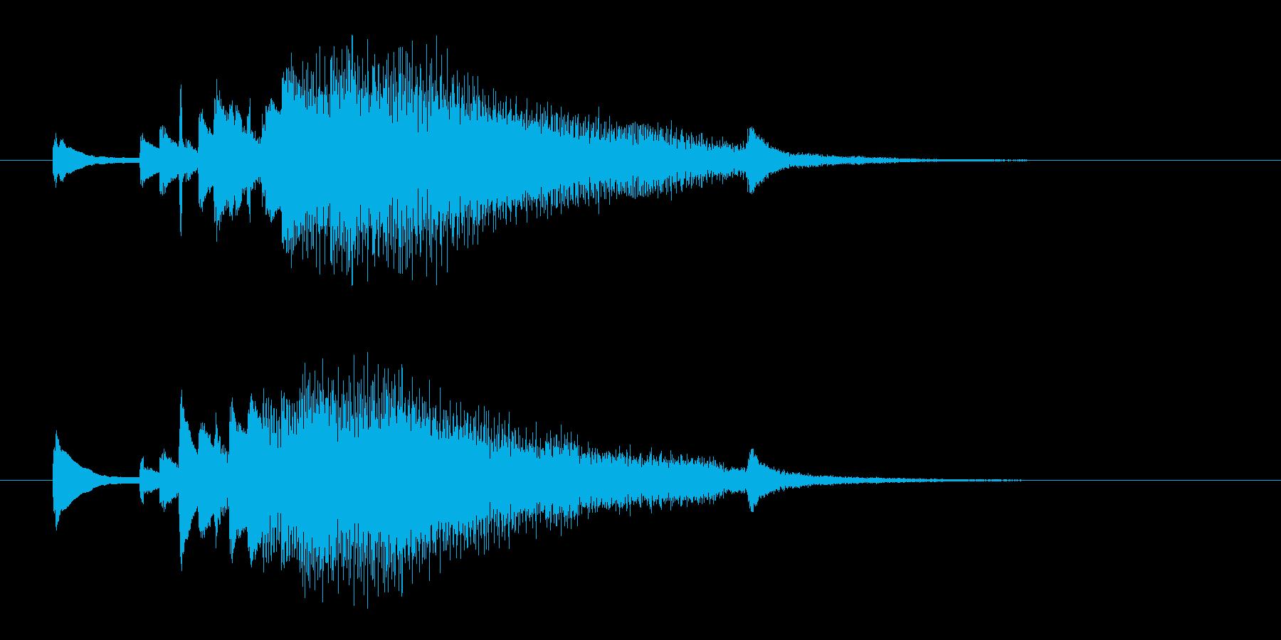 広がるようなジングル。ピアノから壮大に。の再生済みの波形