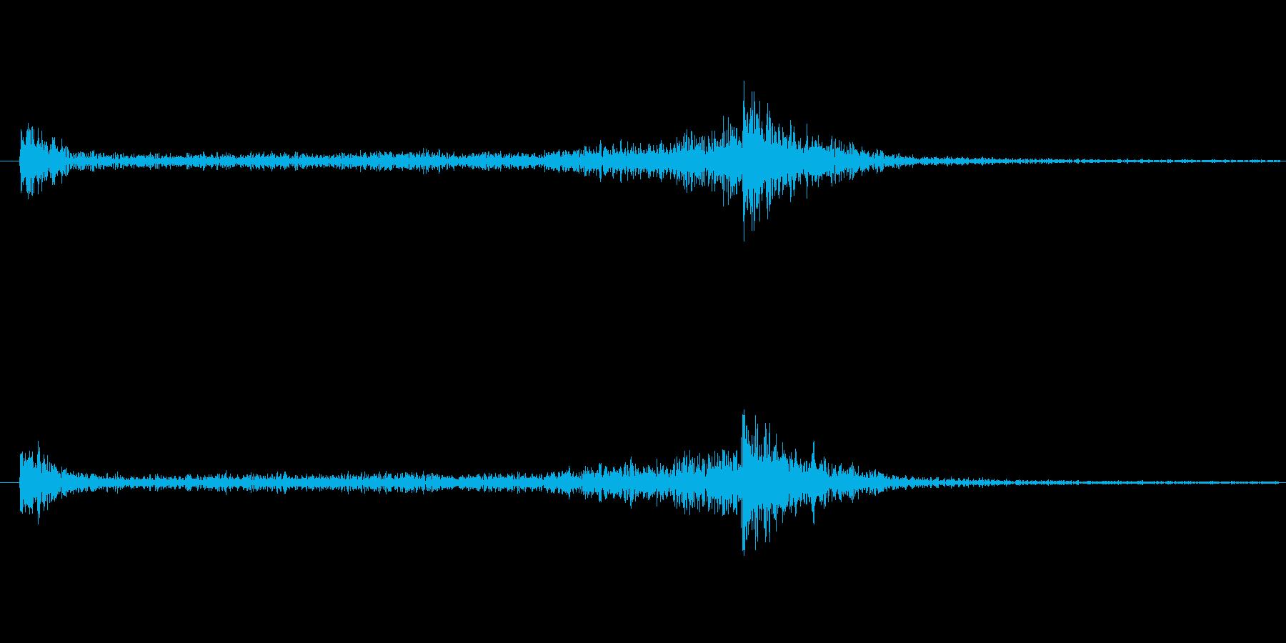 4秒間のドラムロール(大太鼓)の再生済みの波形
