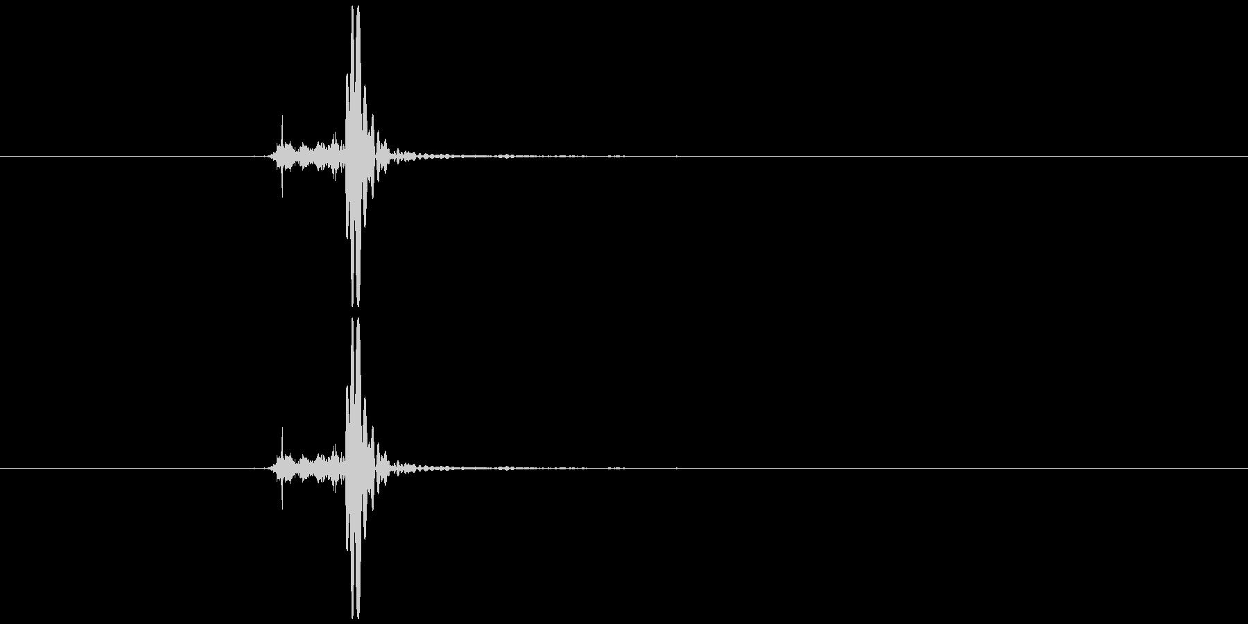筒のフタを開ける音の未再生の波形