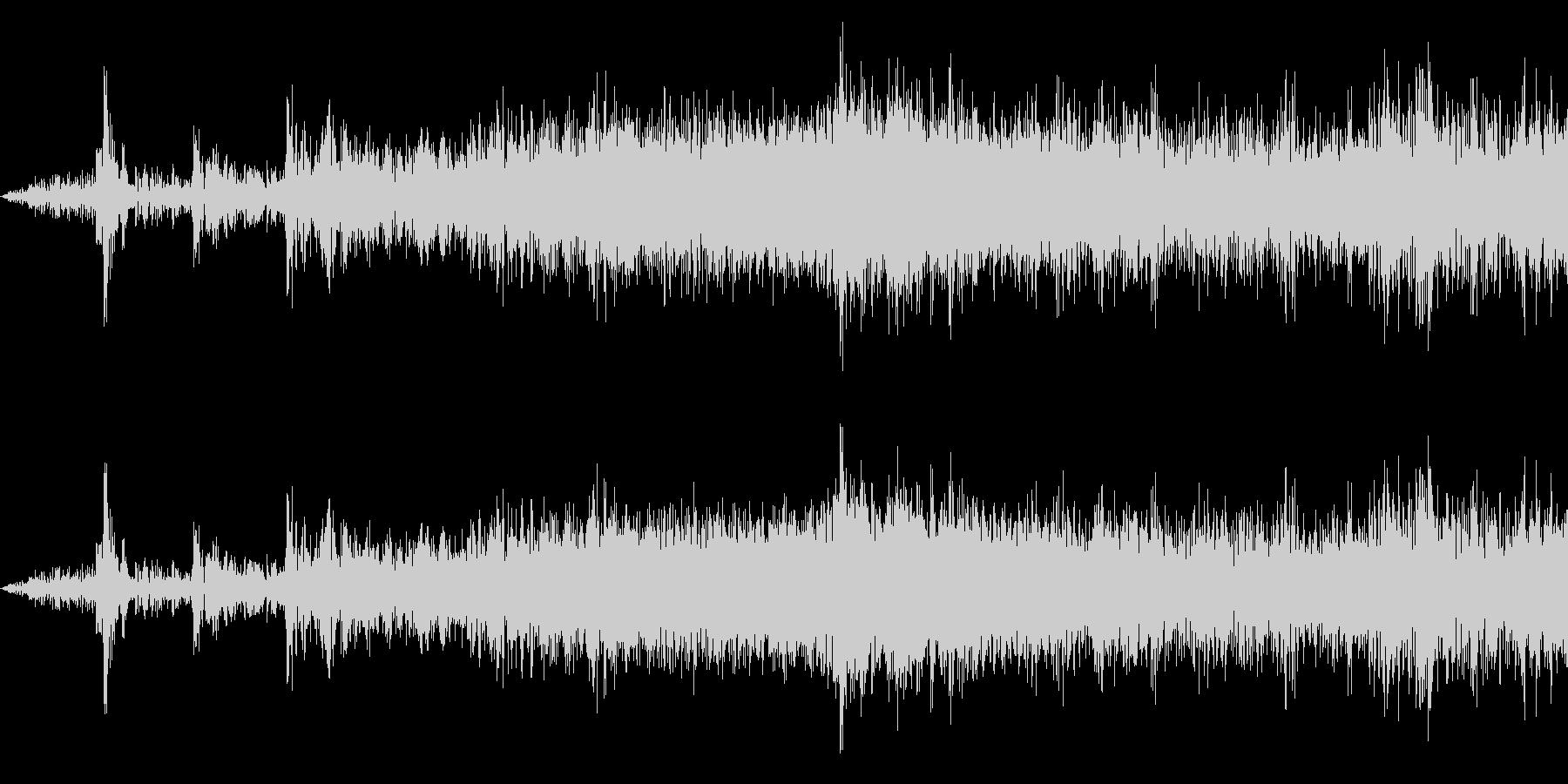 電車発車(車内で録音)の未再生の波形