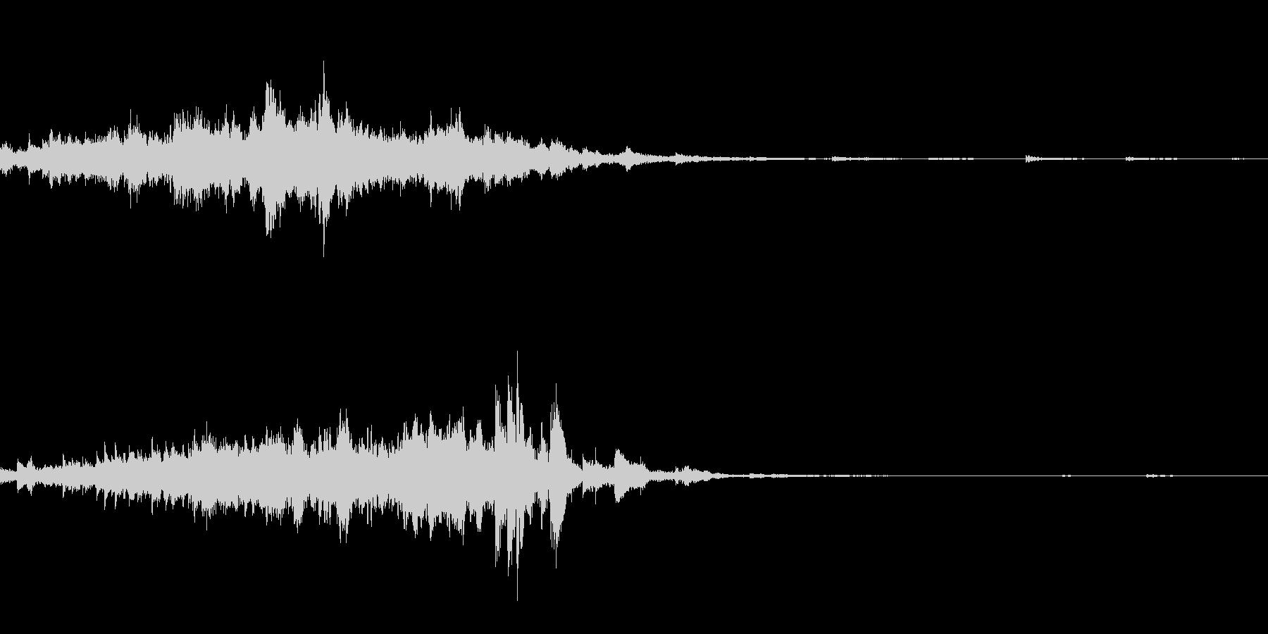 キラキラ(瞬き音)の未再生の波形