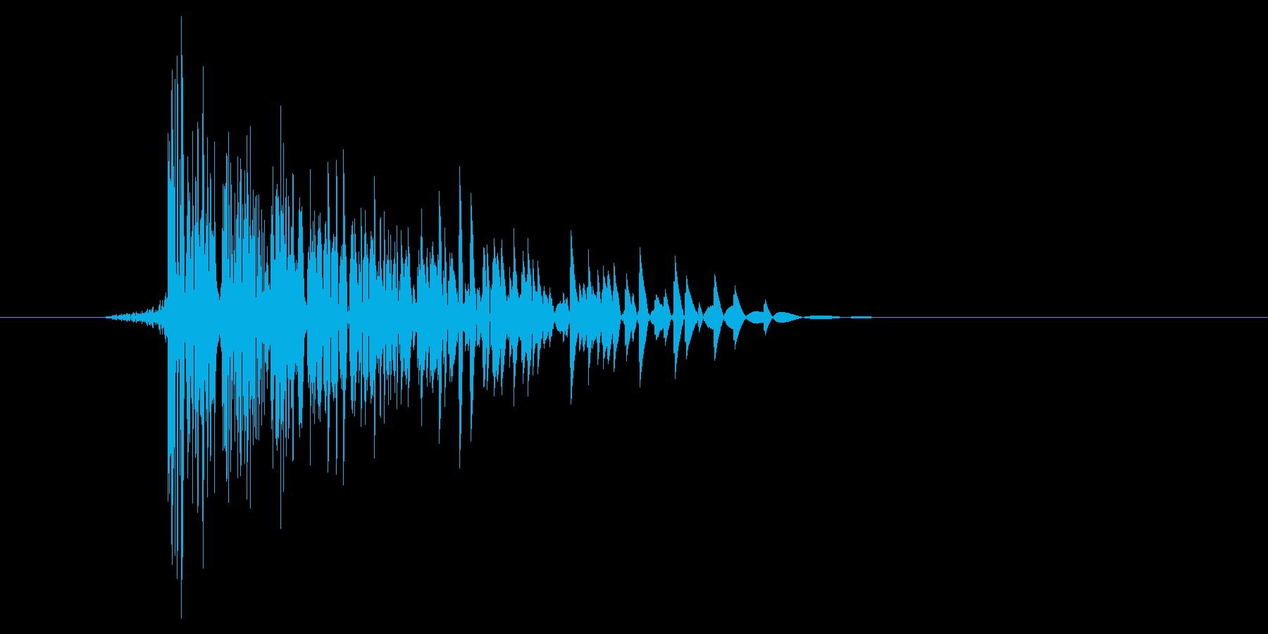 ゲーム(ファミコン風)爆発音_022の再生済みの波形
