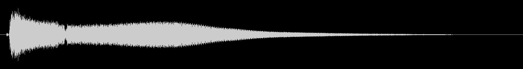 カキーン(金属系の音)の未再生の波形