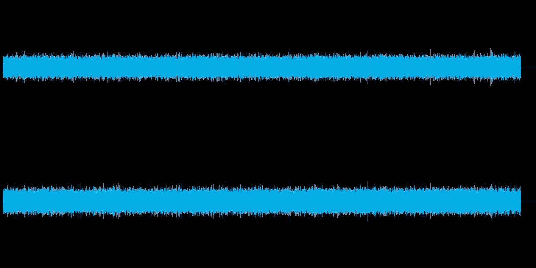 ザァーという空気清浄機や換気扇のダクト音の再生済みの波形