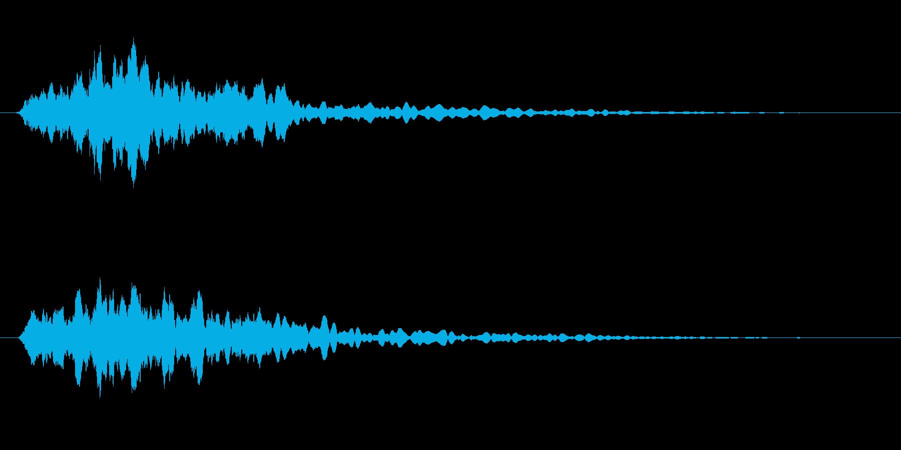 チリリリリンと同時に小さい物音がなる音の再生済みの波形