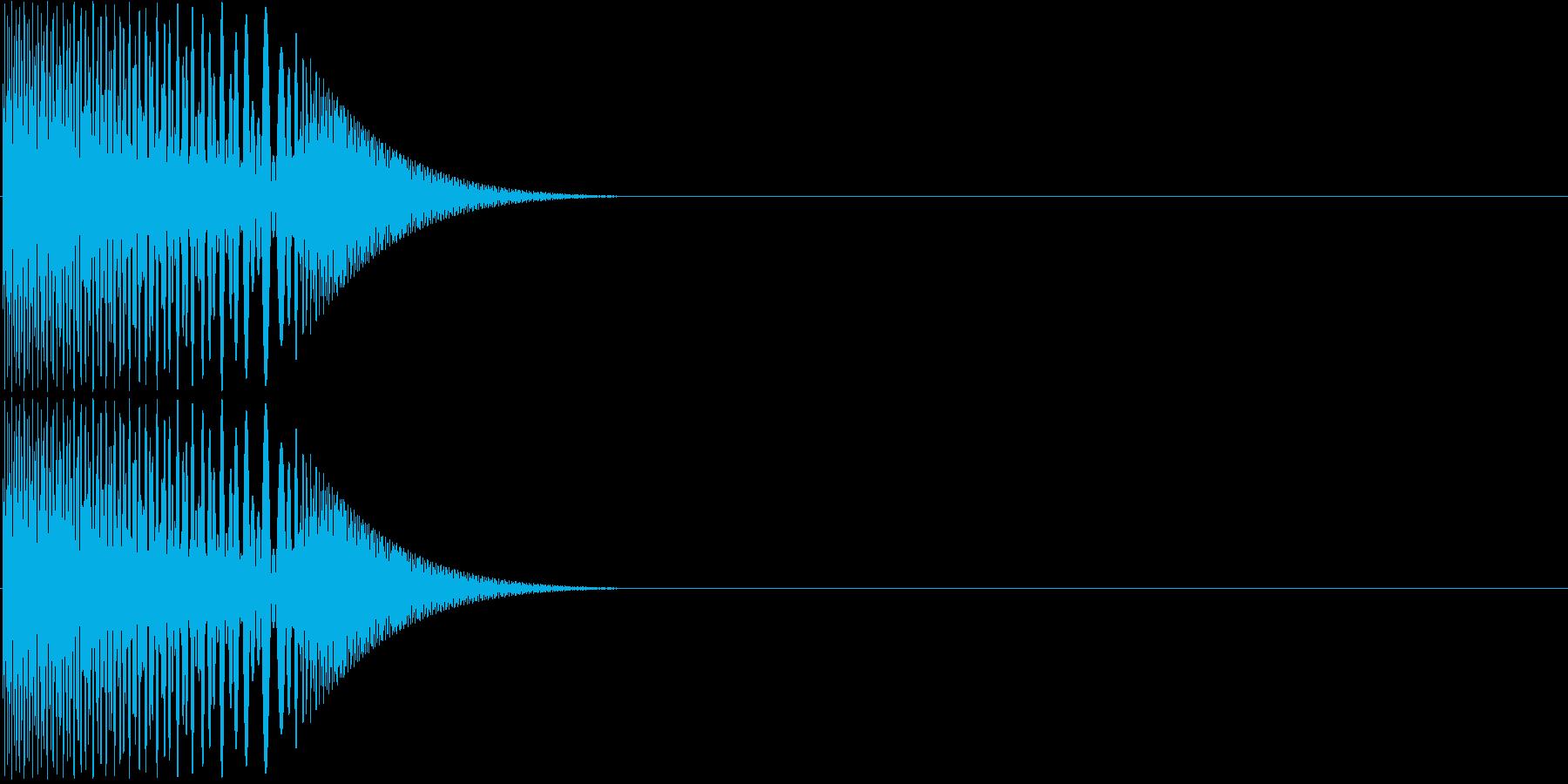 プニッと指先でつつく01の再生済みの波形