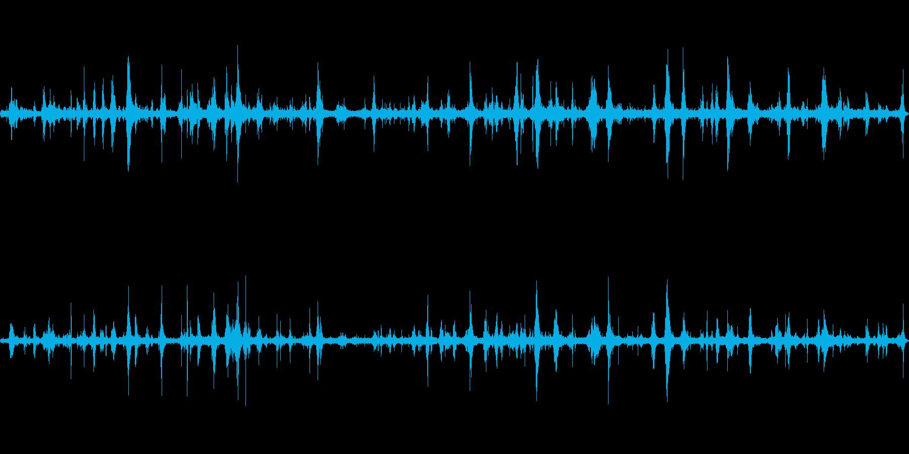 石の海岸の波音の再生済みの波形