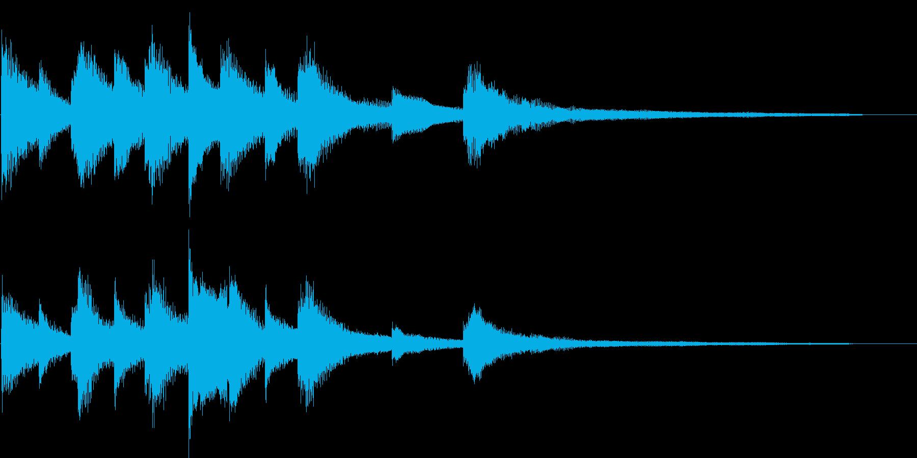 短めの穏やかなピアノのフレーズの再生済みの波形