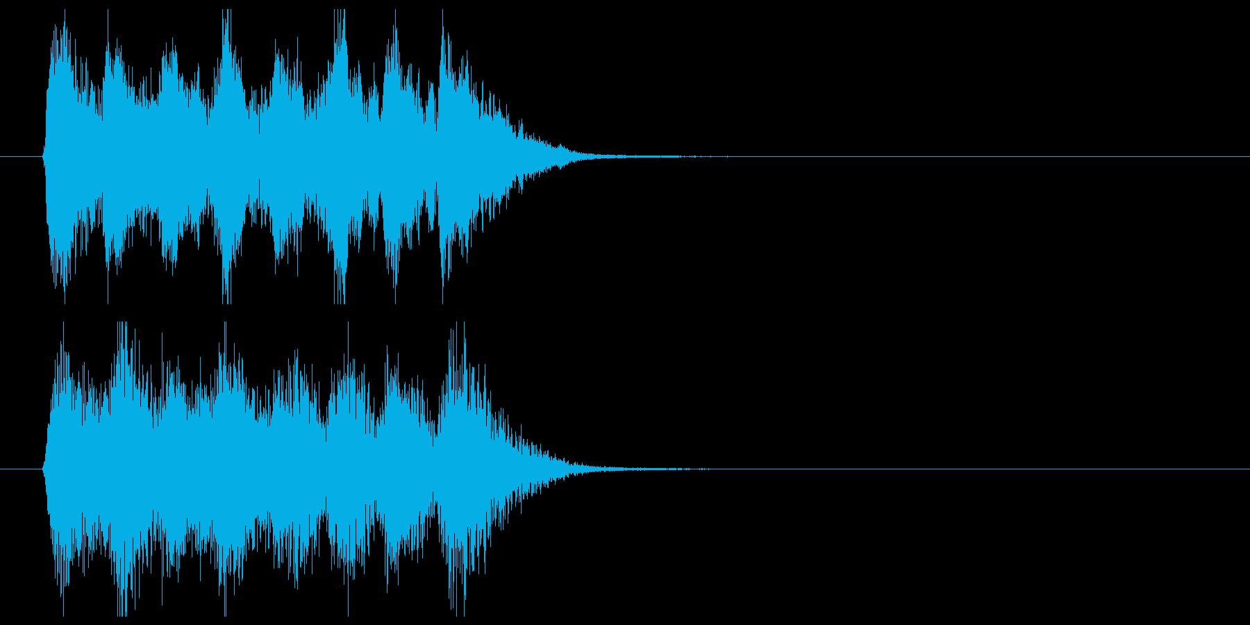テンションコードのオーケストラジングルの再生済みの波形