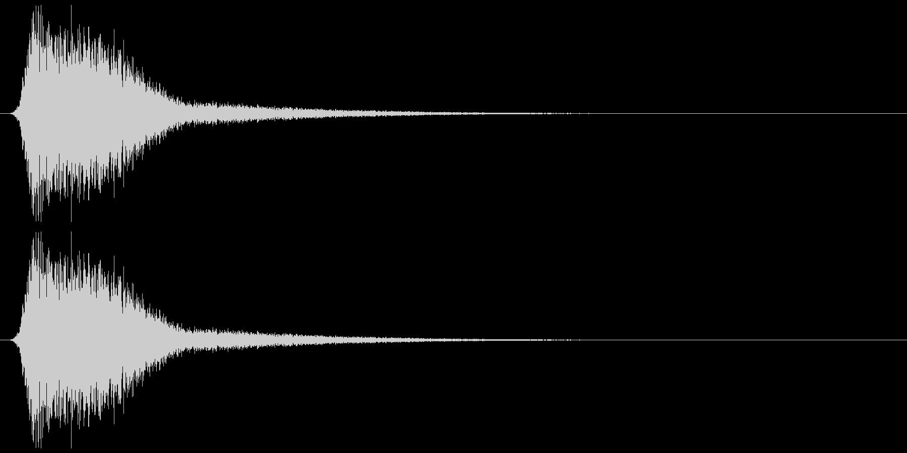ミサイルの軌跡、キレの良いジェット音の未再生の波形