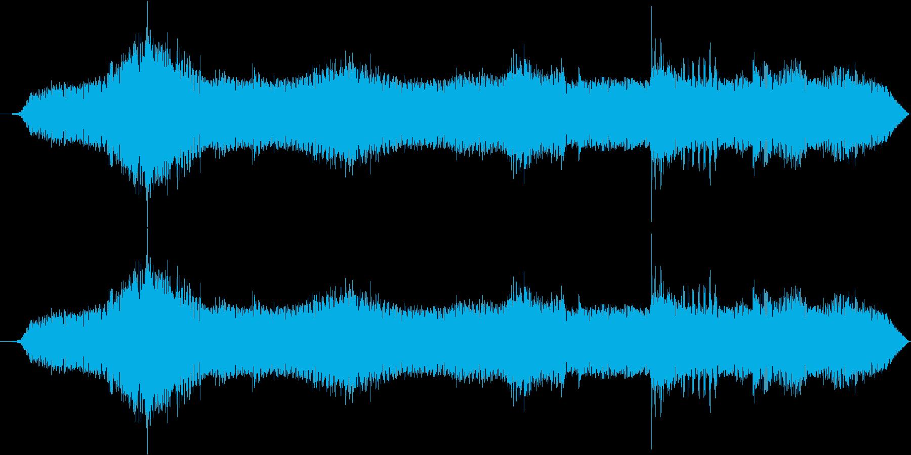壊れた機械が発する音の再生済みの波形