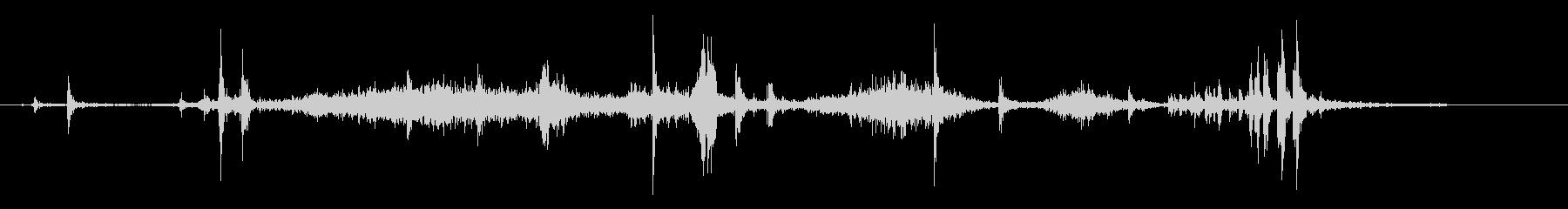 紙をめくる音(薄い、ゆっくり、1枚ずつ)の未再生の波形