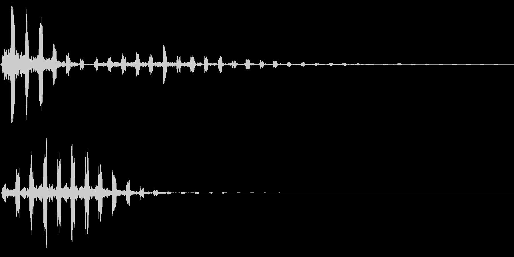 チュイイイン(涼しげ)の未再生の波形