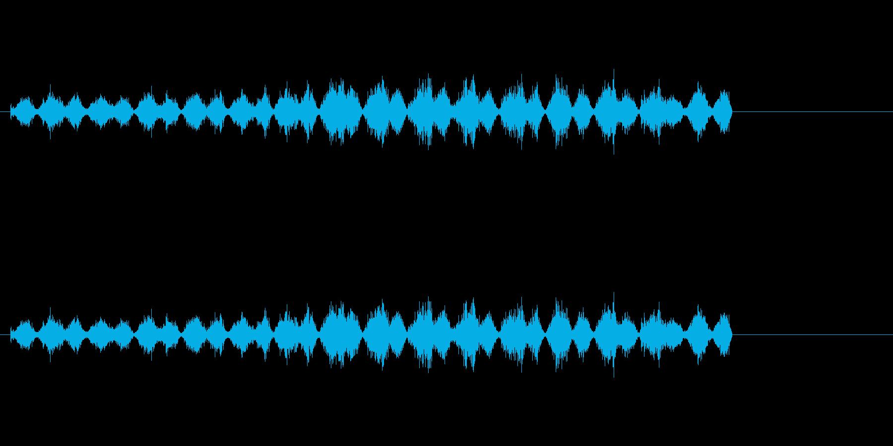 板をやすっているときの音です。の再生済みの波形
