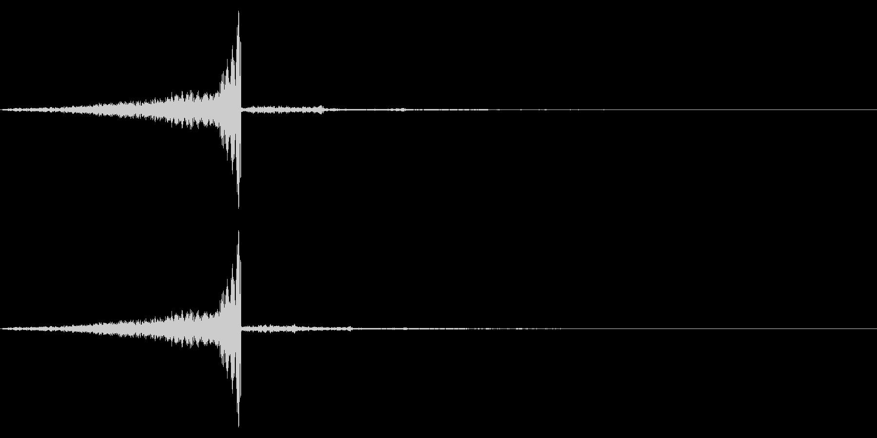 ゲームの効果音7 飛んでくる ヒュンの未再生の波形
