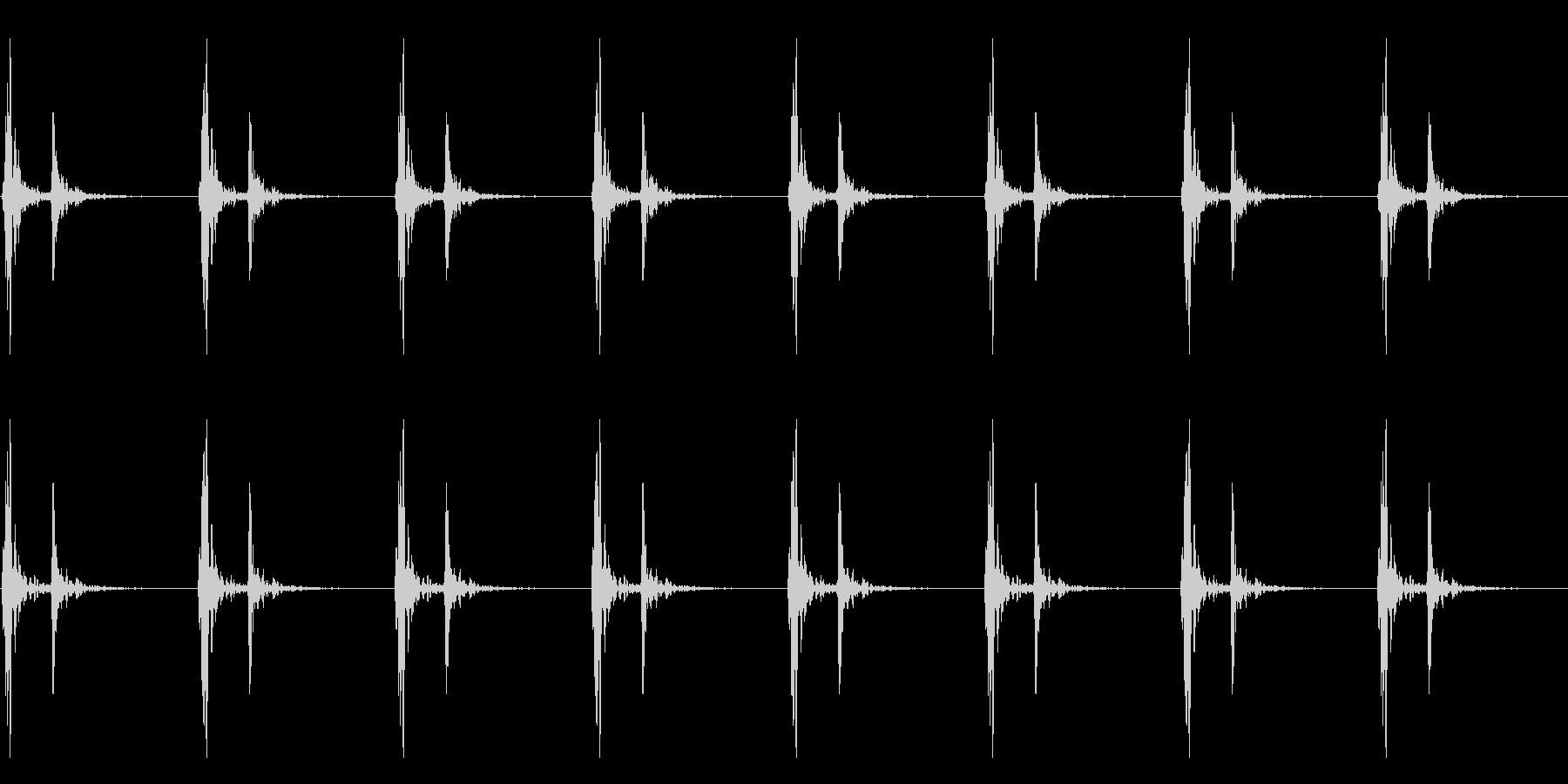 【 心臓 】ドックンドックン (普通)の未再生の波形