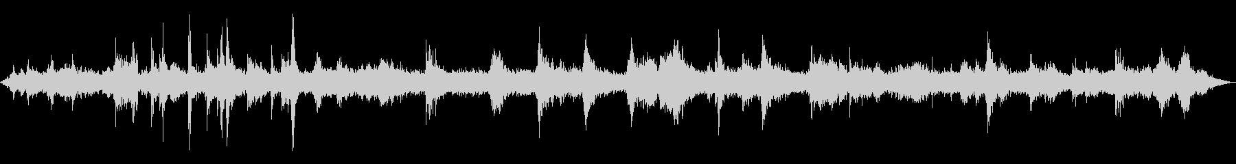 お店周りの音(ザワザワ)の未再生の波形