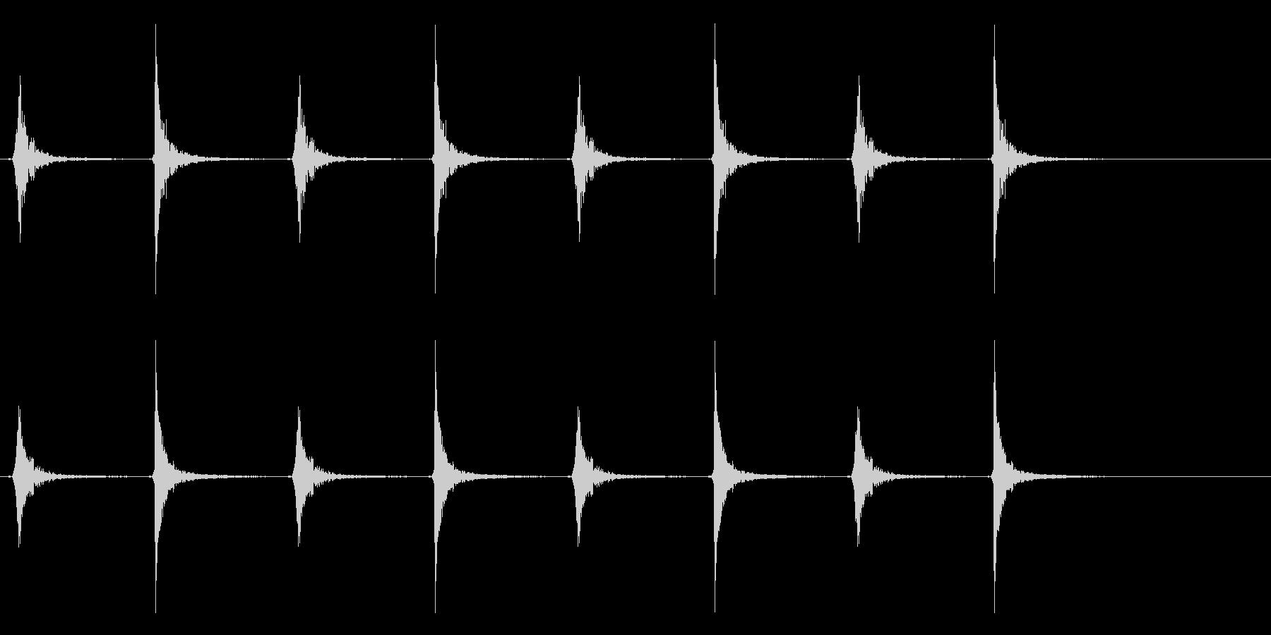 カチカチカチカチ(振り子時計、古い)の未再生の波形