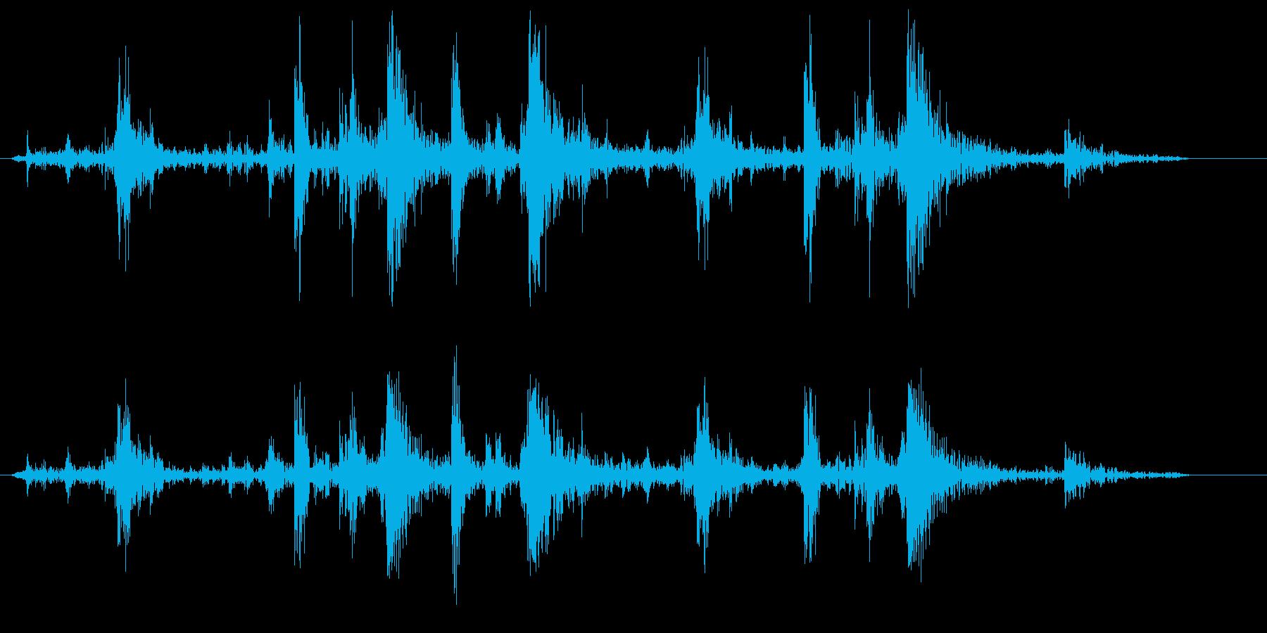 カチャカチャカチャ(タイピング音)の再生済みの波形