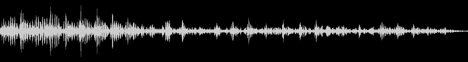 アフリカライオンのうなり声(最も低い声)の未再生の波形