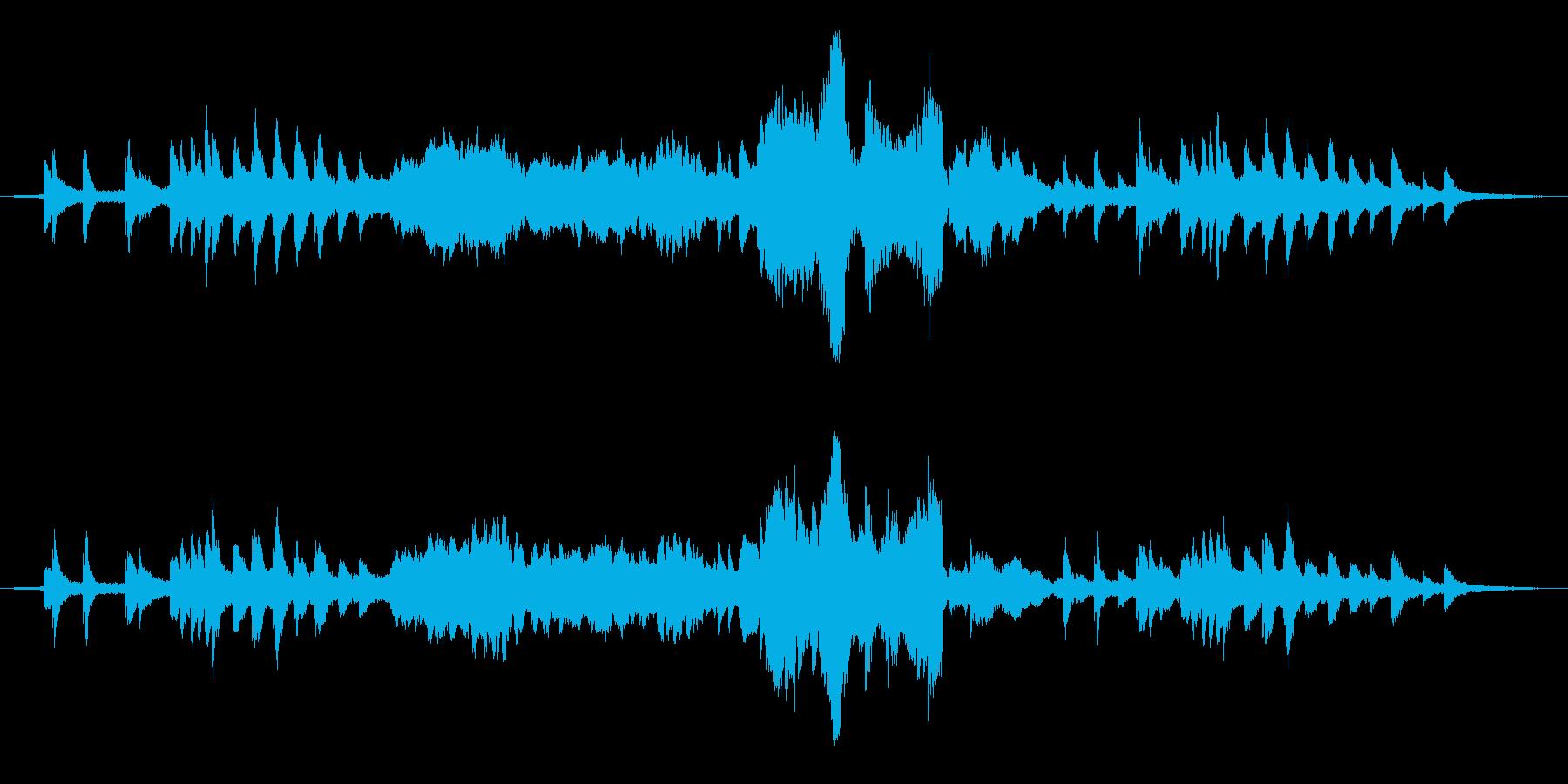 自然界の音と音楽のアンビエント作品の再生済みの波形