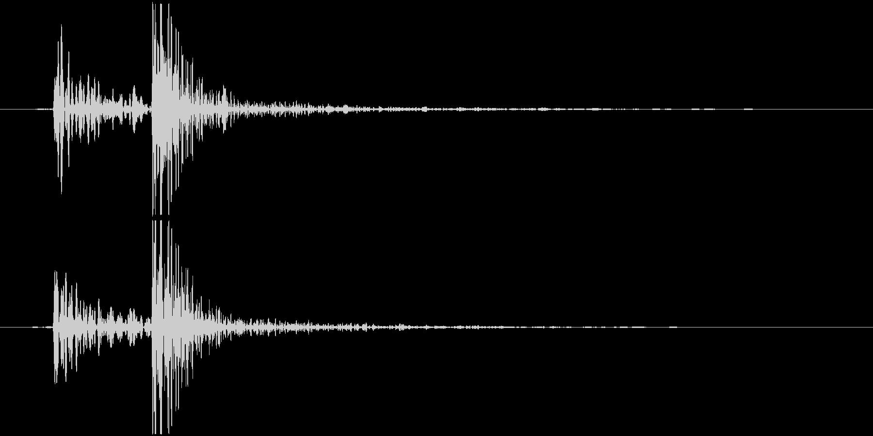 鍋のふた開くOR閉める D (カコッ)の未再生の波形