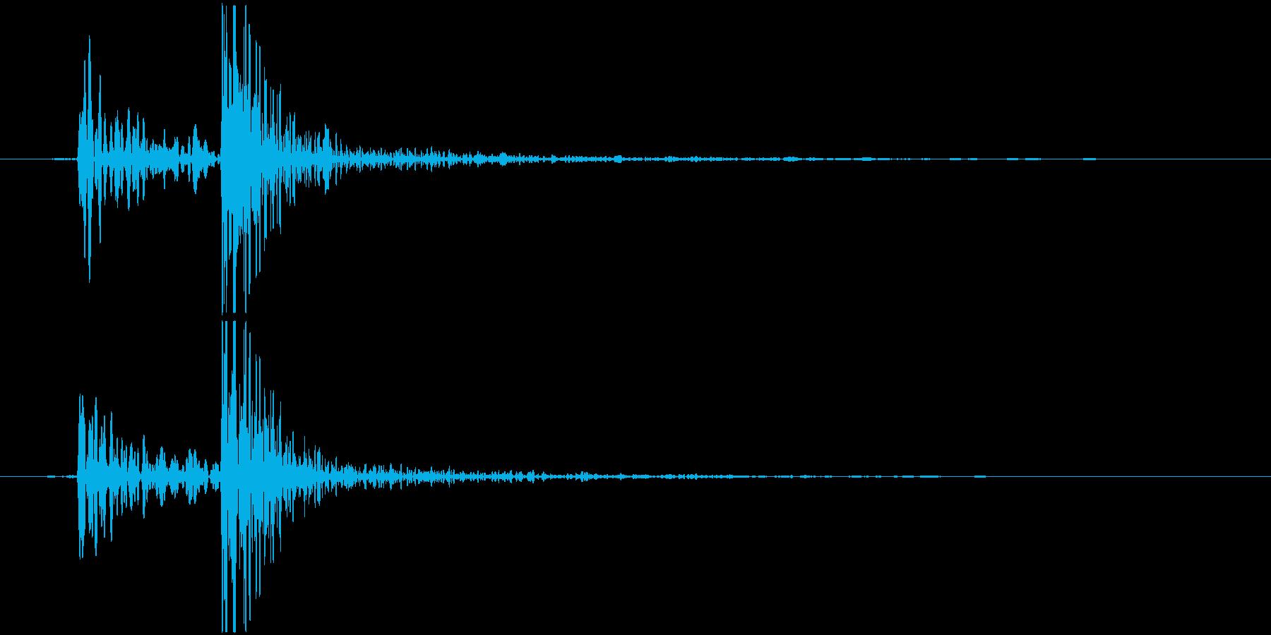 鍋のふた開くOR閉める D (カコッ)の再生済みの波形
