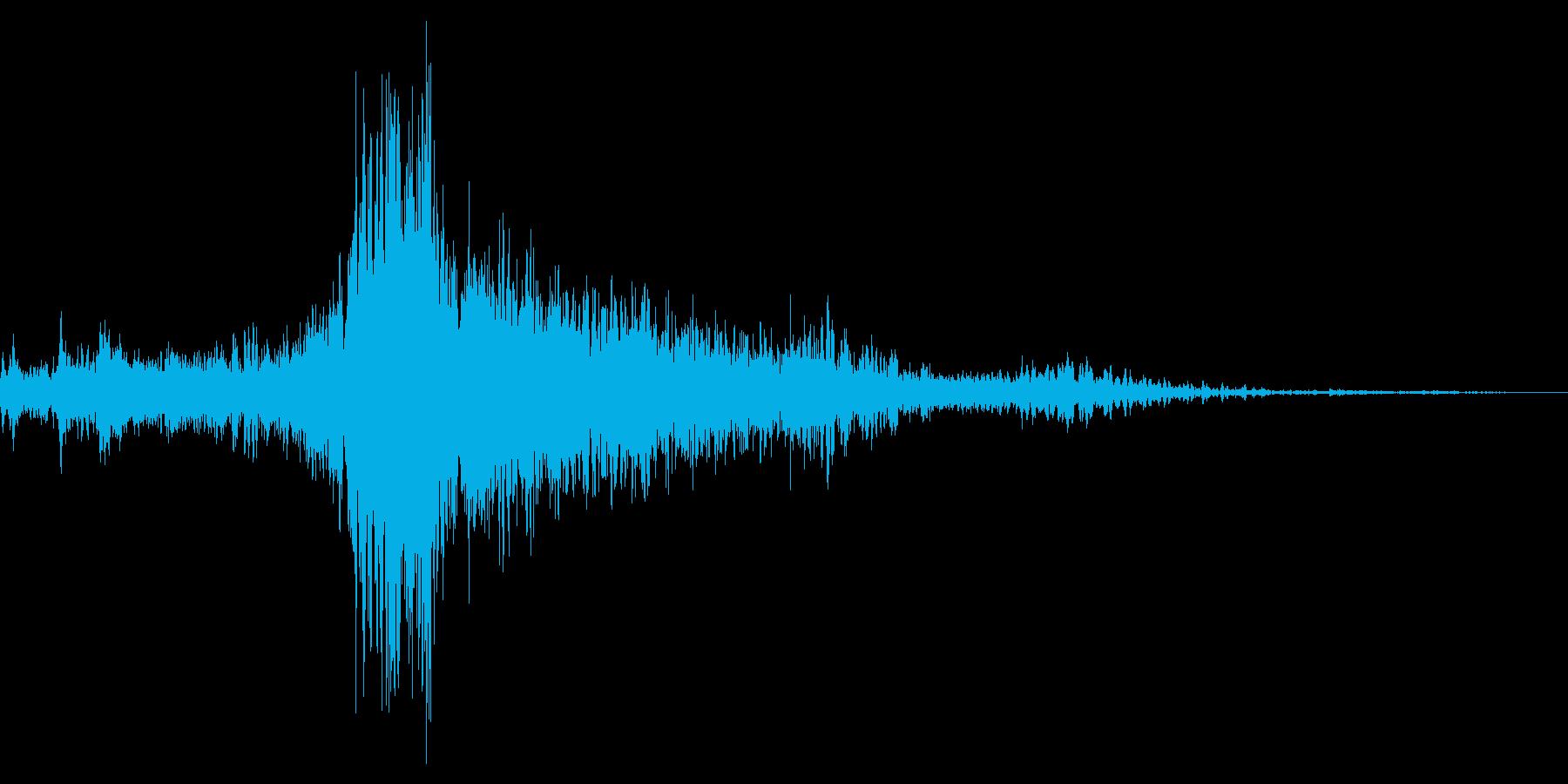 サー...。窓(サッシ)を開ける音の再生済みの波形