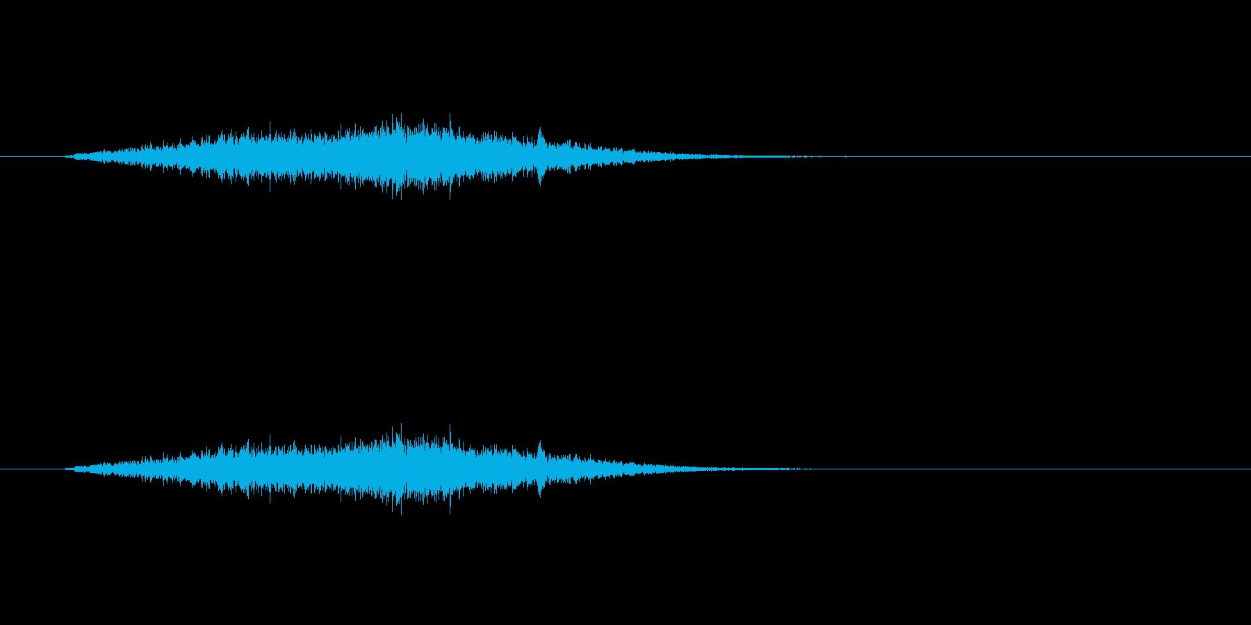 【風 合成01-2】の再生済みの波形