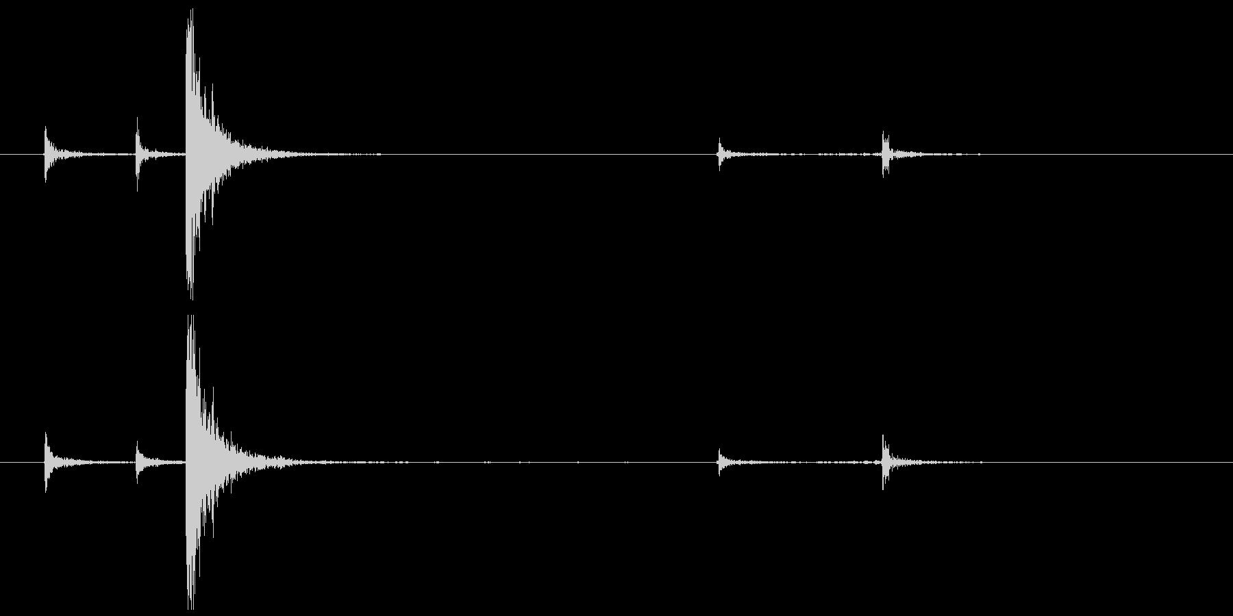 タッカー DIYの未再生の波形