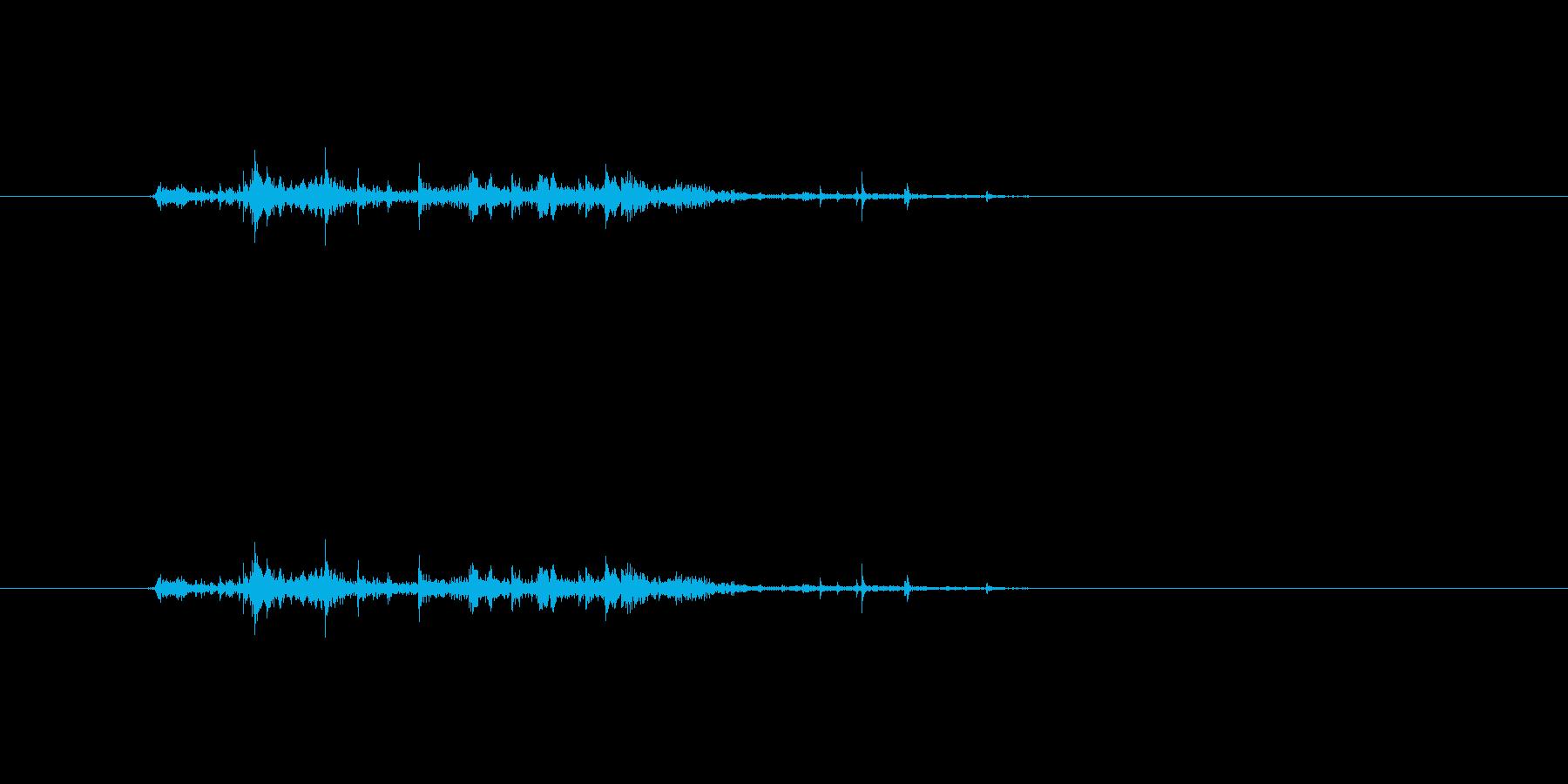 【チラシ01-1(めくる)】の再生済みの波形