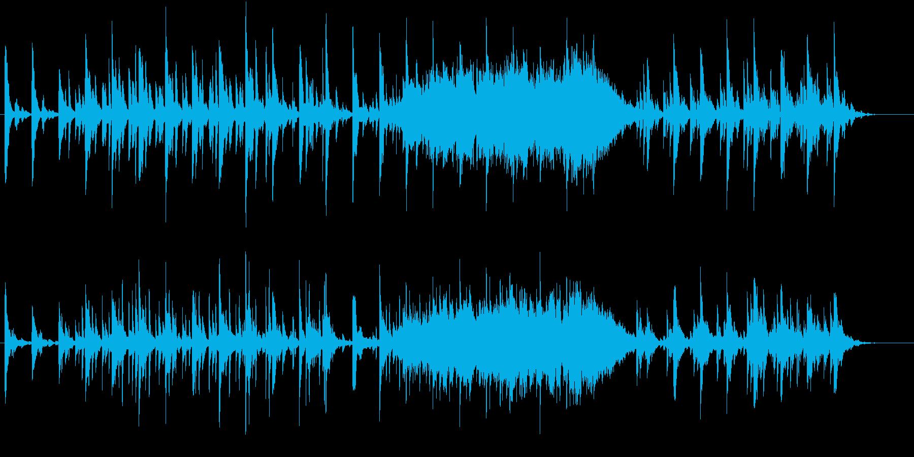 海の中で鳴り響くピアノイメージの再生済みの波形