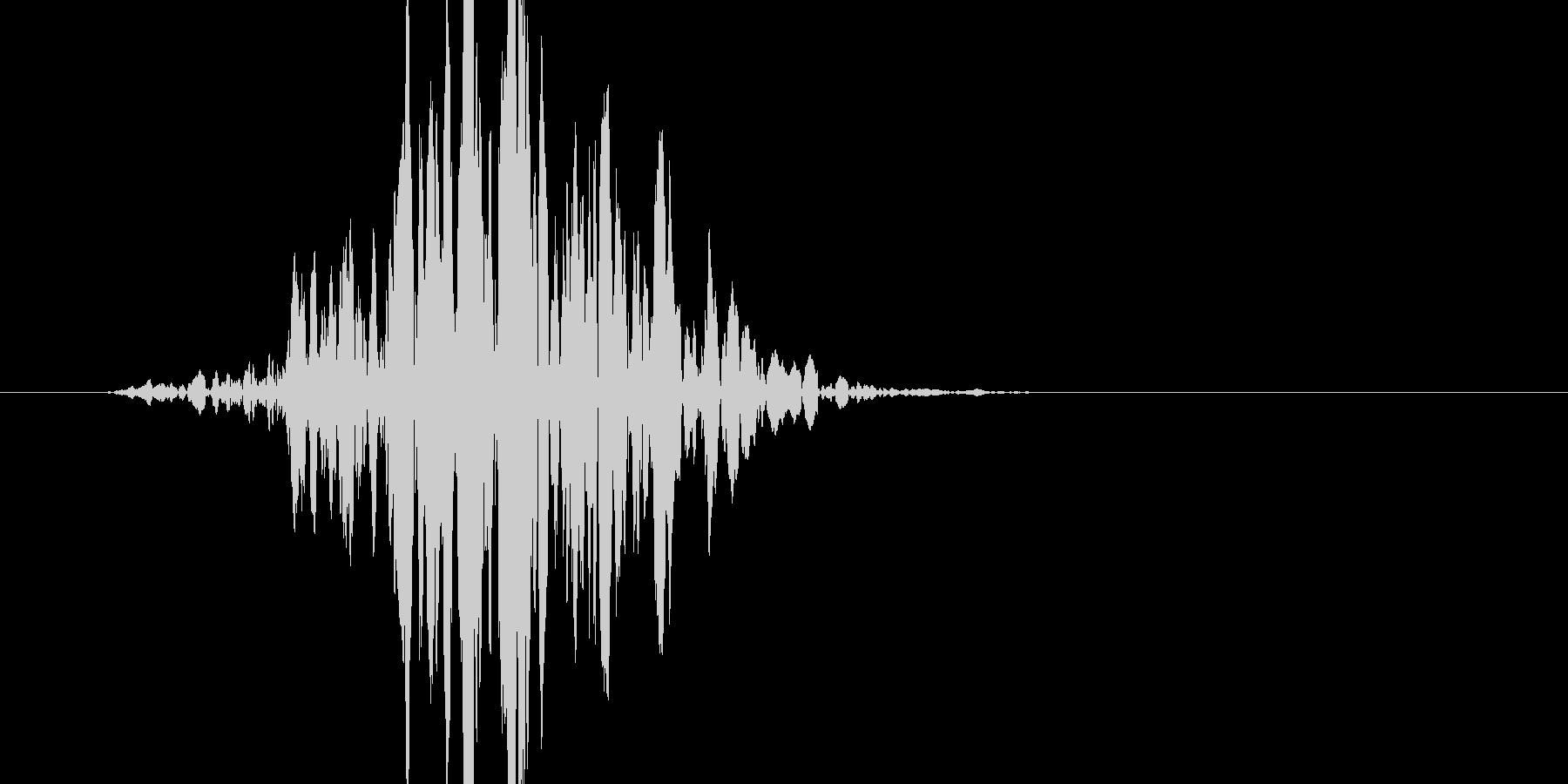 少し迫力が有るバット素振り音です。の未再生の波形