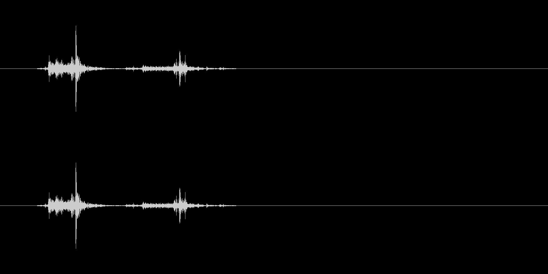 【穴あけパンチ01-1(パンチ)】の未再生の波形